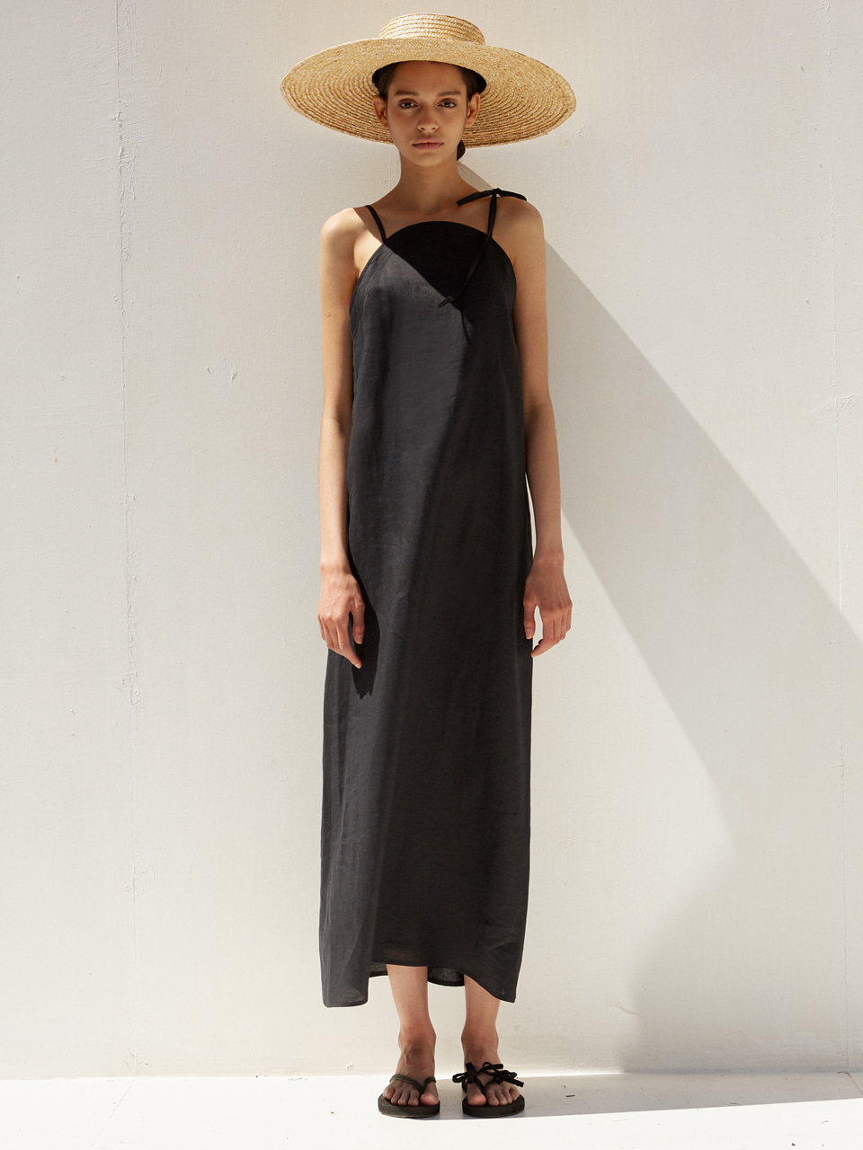 [EVENT] [하니 착용] 19 SS round linen long dress (black)