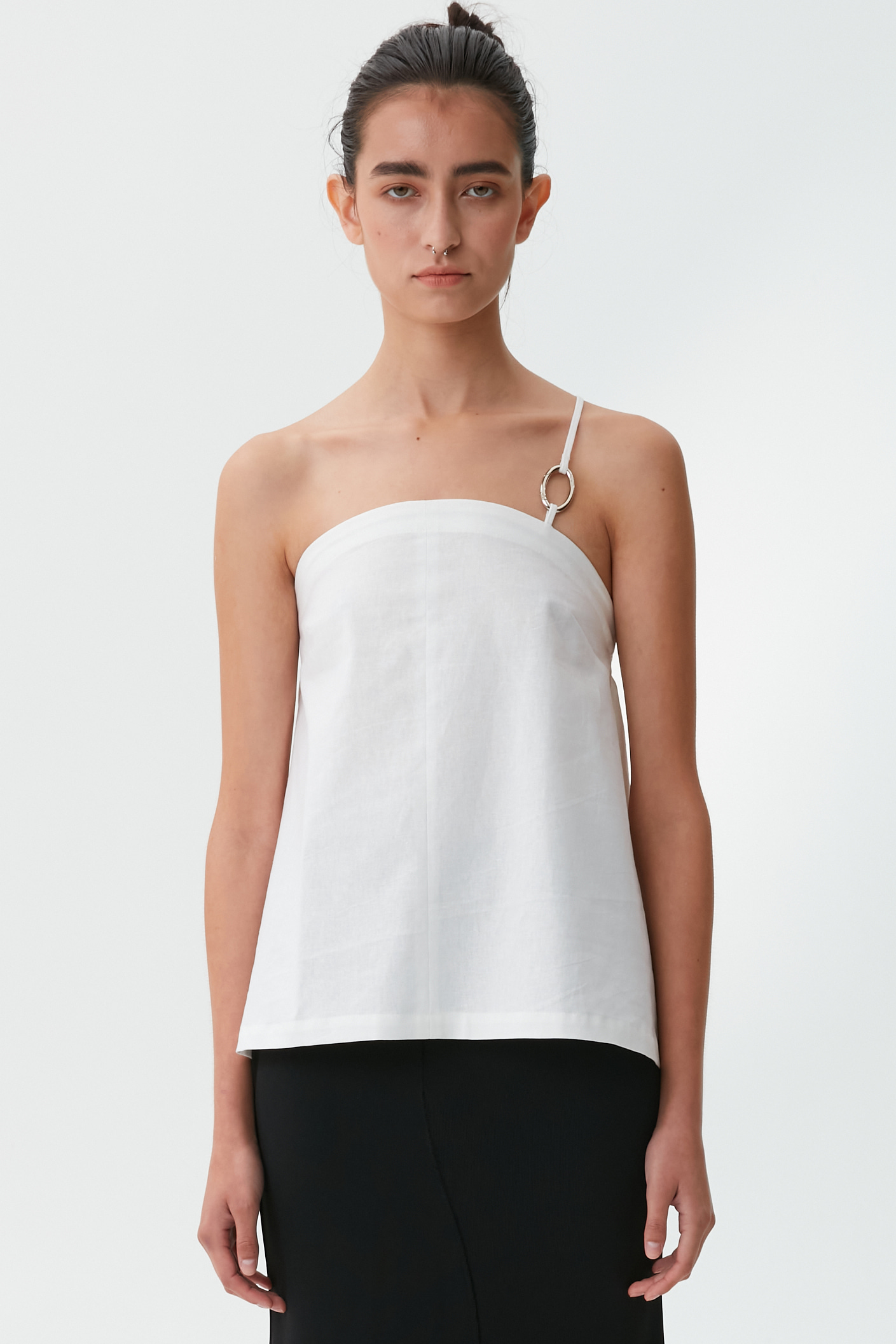 [21 SUMMER] ONE SHOULDER RING TUBE-TOP (WHITE)