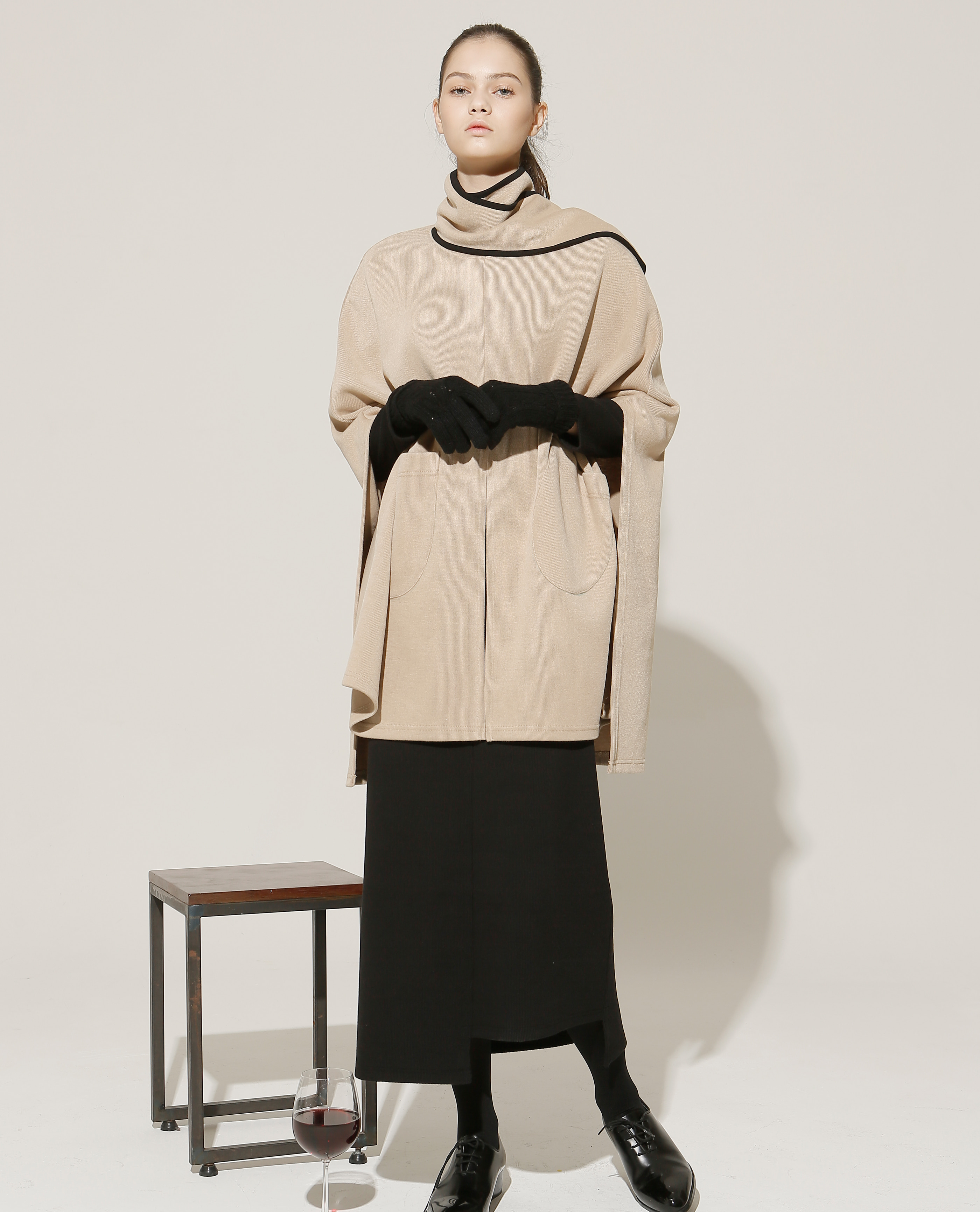 [EVENT] muffler cape (beige)