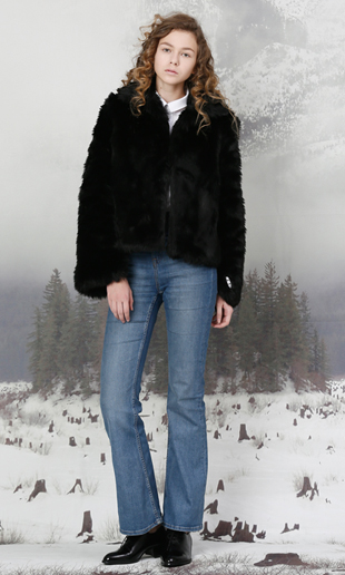 [EVENT] slit sleeve faux fur jacket (black)